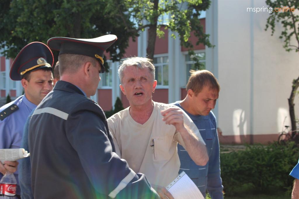 Праваабаронцу Валадара Цурпанава выпусцілі з-пад варты