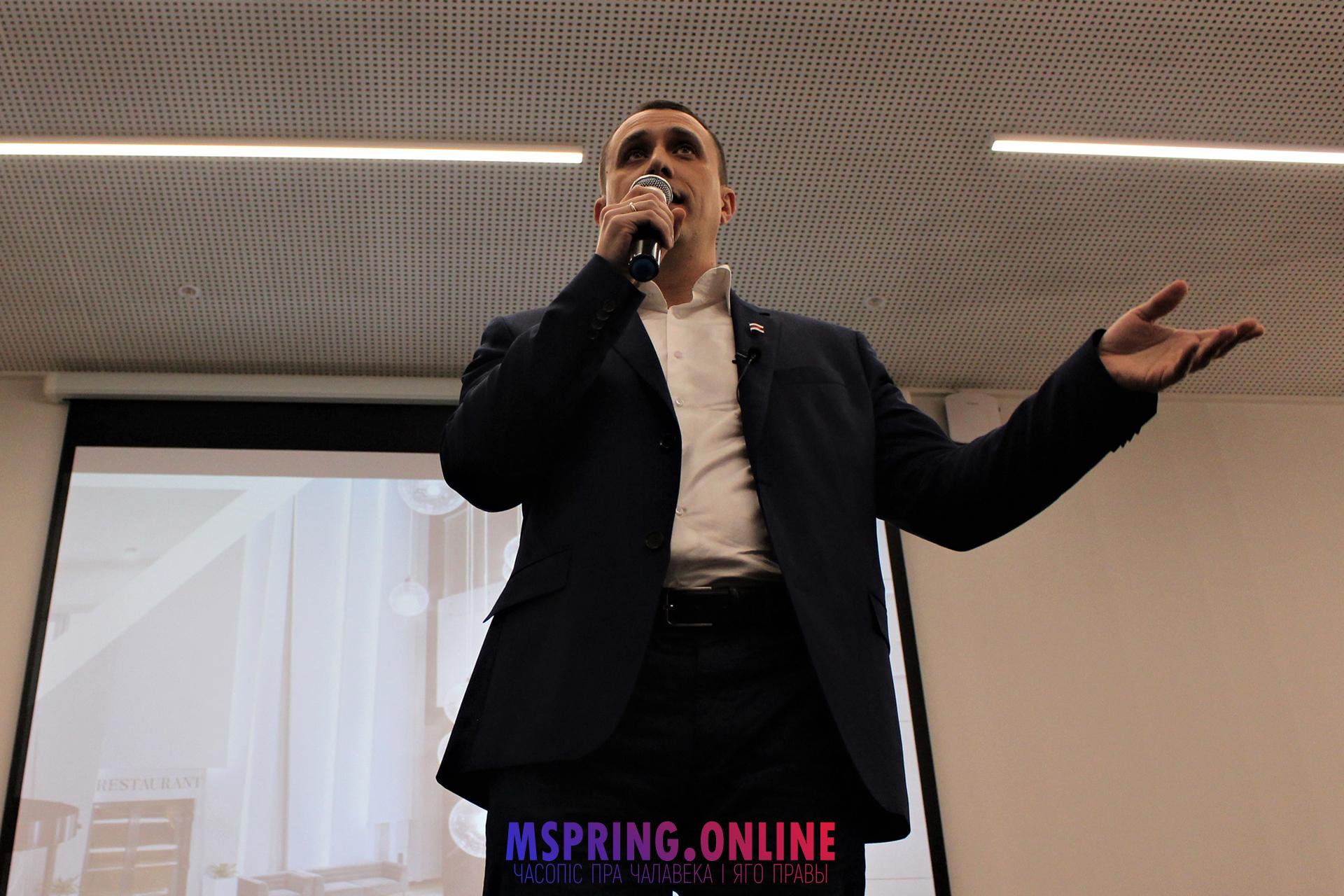 Магчымы кандыдат у прэзідэнты Павел Севярынец: «Так, я ставіў подпіс пад петыцыяй аб забароне ЛГБТ-прапаганды»