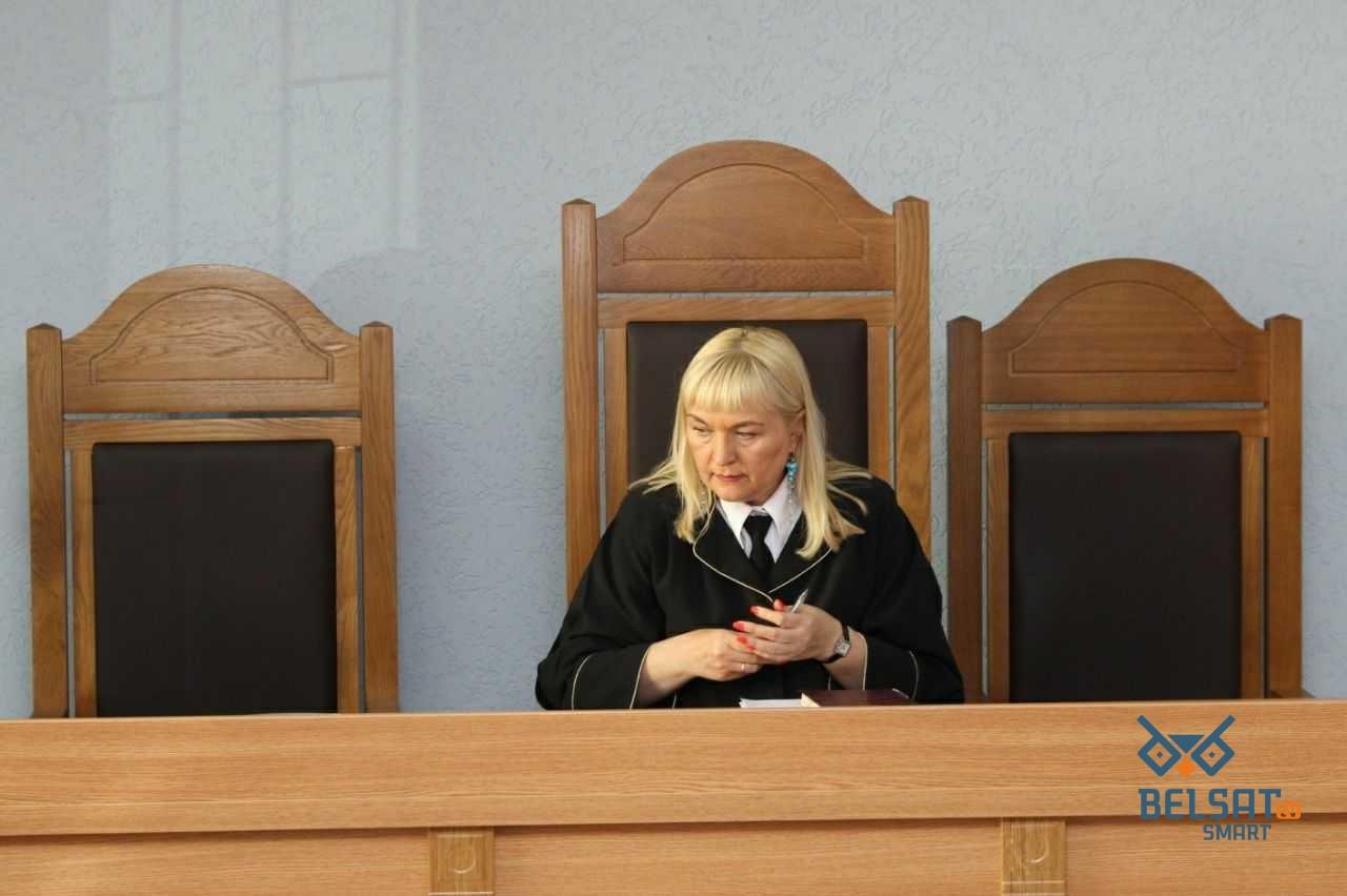 Магілёўскую суддзю Алену Літвіну ўнеслі ў санкцыйных спіс ЕС. Гэта «адказка» за Сяргея Ціханоўскага