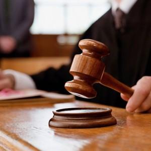 Парней, которые выразили «неуважение к суду» освободили, но их ждет ещё одно заседание