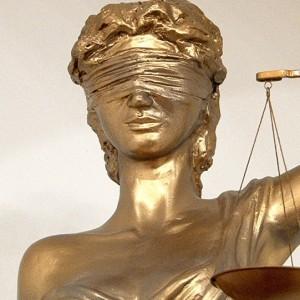 Суд адмовіўся прасіць прабачэння перад невінаватымі грамадзянамі