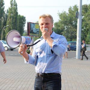 Галоўны рэдактар магілёўскага тэлебачання перашкаджаў на дэбатах лідэру БХД Віталю Рымашэўскаму