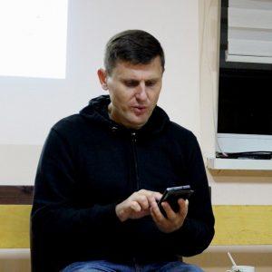 Подкаст «Слава Краіне» №2: в гостях журналист и активист 90-х и 00-х Александр Бураков