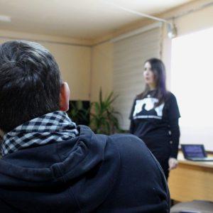 Наста Лойко рассказала могилевчанам про связь анархизма и прав человека