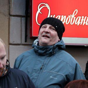 Магілёўская міліцыя выгараджвае дэпутата Ігара Марзалюка