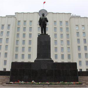 Победа журналиста? Облисполком приказал расследовать факт нарушения чиновника, а УВД наказало участкового ЛенРОВД