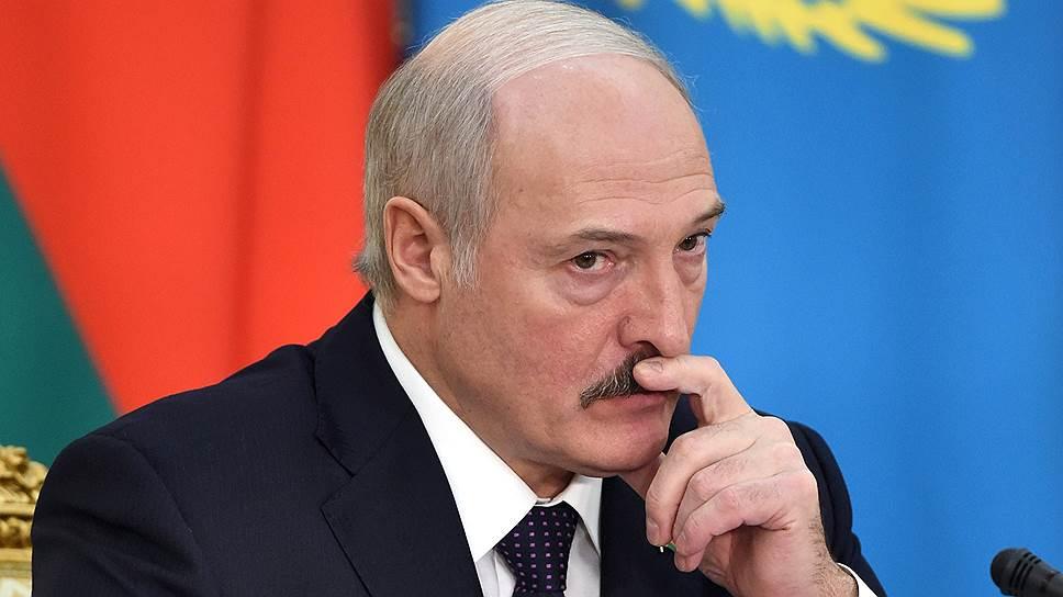 Адміністрацыя прэзідэнта не адважылася патлумачыць словы Лукашэнкі пра Дэкрэт №3