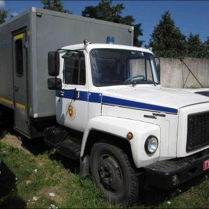 Милицейский автозак и КГБ-шная «Волга»: что продают могилевские силовики