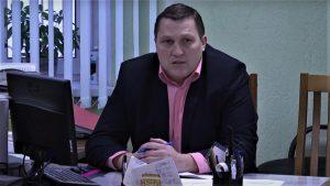 Кажется, больше всего начальство «Омск Карбона» и районные власти не любят и боятся журналистов. Называют даже «клоунами»? ВИДЕО