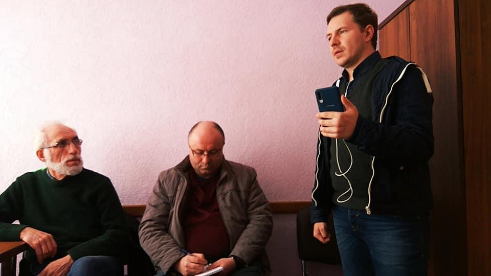 Міліцыя затрымала галоўнага стрымера Магілёва Міхаіла Аршынскага: ён асвятляў акцыі пратэста супраць уладаў