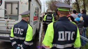 «Cтоп таракан!». Могилевчане указали милиции на её место: отбили человека от задержания и провели две акции протеста в один день ВИДЕО